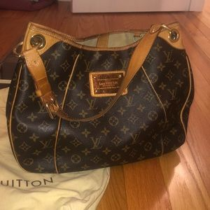 Louis Vuitton Galliera bag